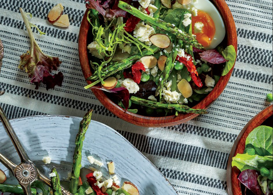 Broiled Asparagus Salad Bowl